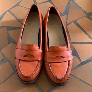 Cole Haan Orange Alexa Nike Air Loafer Flats 10.5